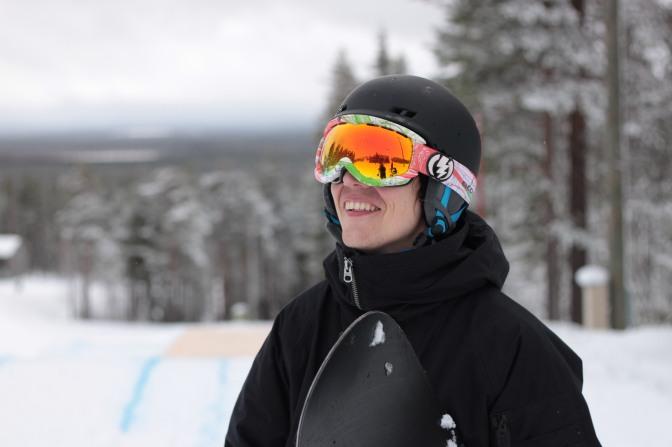 """Mikko """"Mize"""" Sjöblom – Rakkaudesta lumilautailuun"""